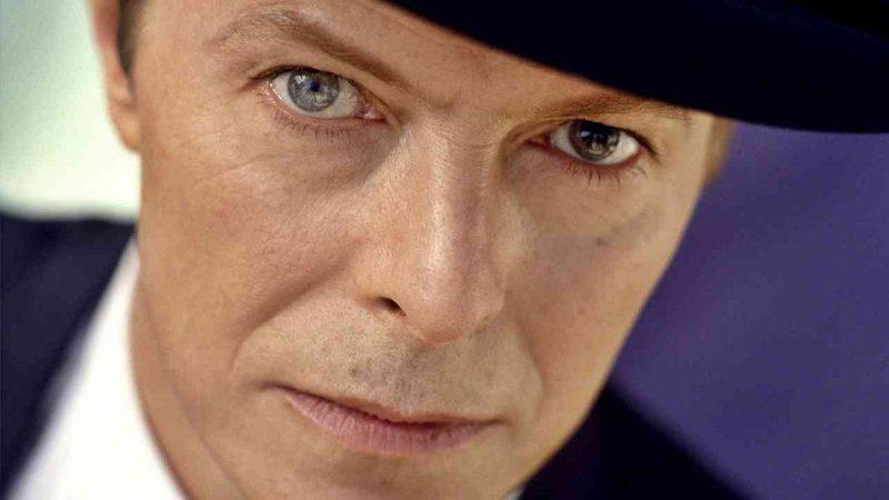 David Bowie : デビッド・ボウイ
